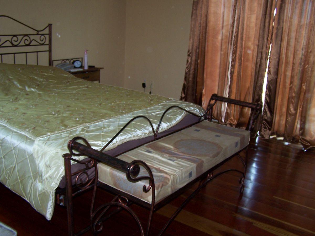 Huurwoning Sunset Heights Curacao slaapkamer - Top Makelaar Curacao